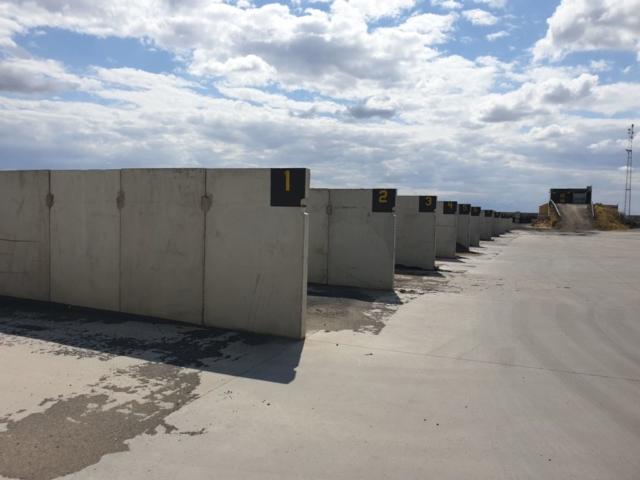 Przykład zastosowania płyt drogowy 300x150 jako ścian