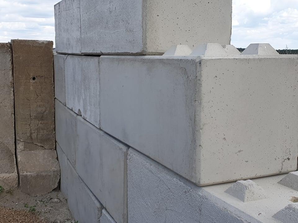 Betonbloki tzw. klocki betonowe