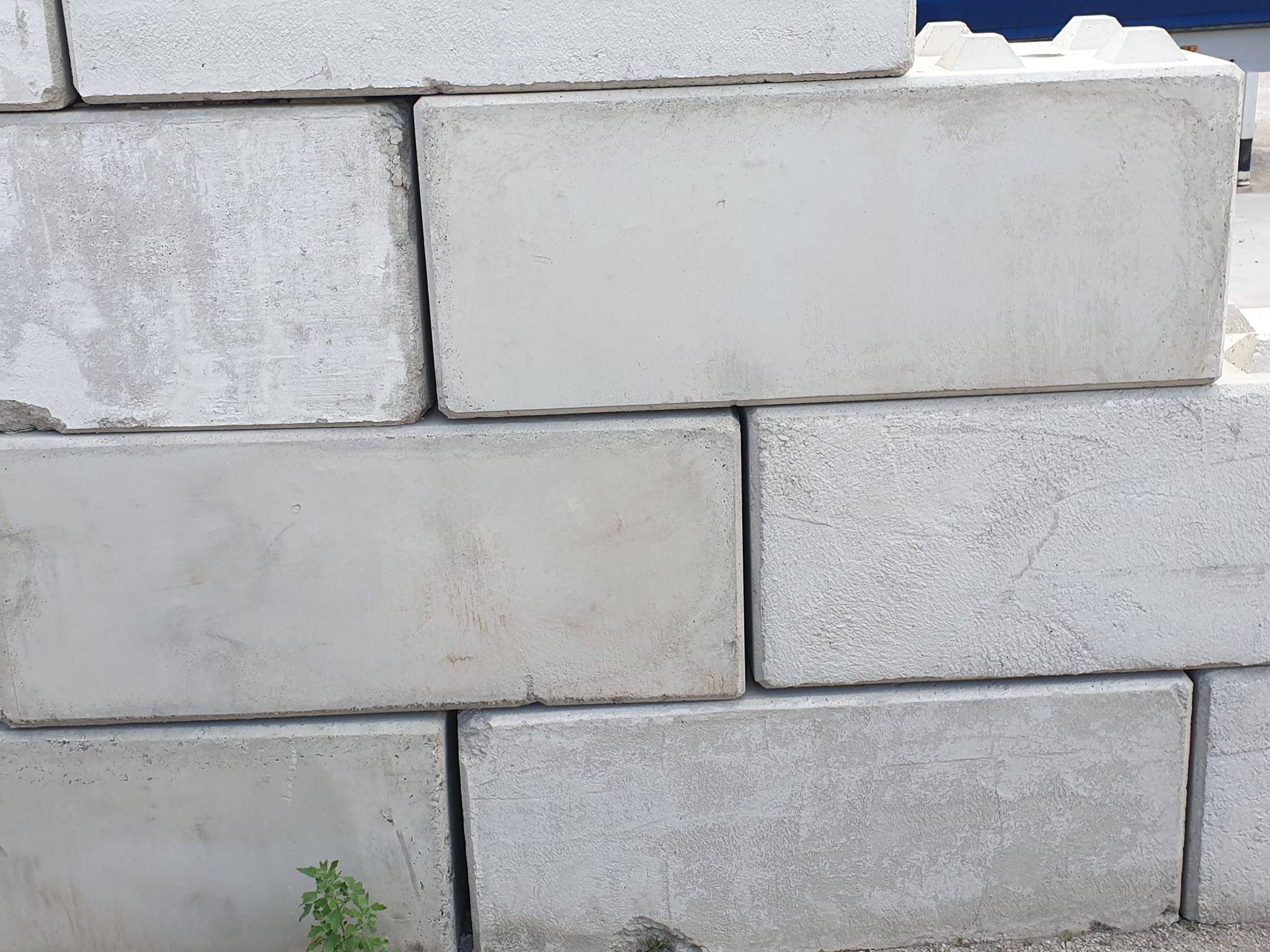 Klocki z betonu 60x60x150