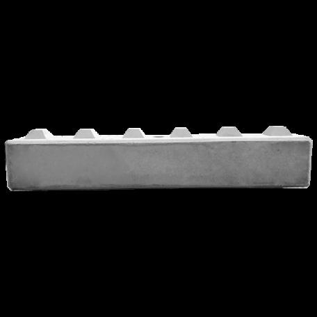 Betonblok 30x30x180, potocznie nazywany klockiem z betonu